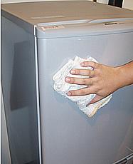冷蔵庫の外装クリーニング