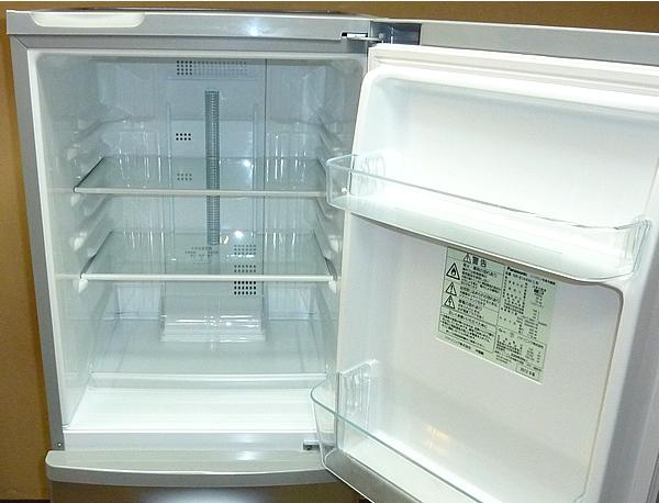 冷蔵庫のクリーニング完了